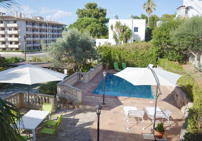 Villa in Portocolom with private swimming pool