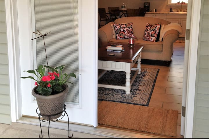 Your Private & Relaxing OBX Couples Retreat!