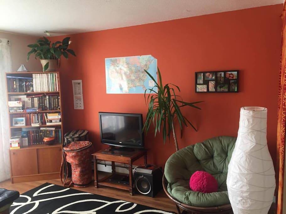 3 1 2 confortable pr s de tout et pas cher appartements for Equipement de cuisine sherbrooke