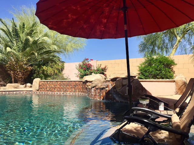 Nothing like taking in the warmth of the Arizona sun in the privacy of your own back yard. Enjoy a relaxing dip in the pool and sit back with a refreshing beverage.