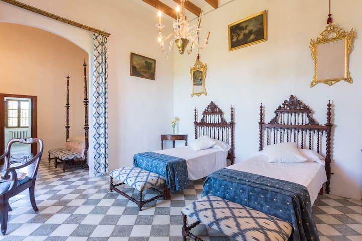 """Sa Prunera"" Son Sant Andreu With Pool - Illes Balears - Huis"