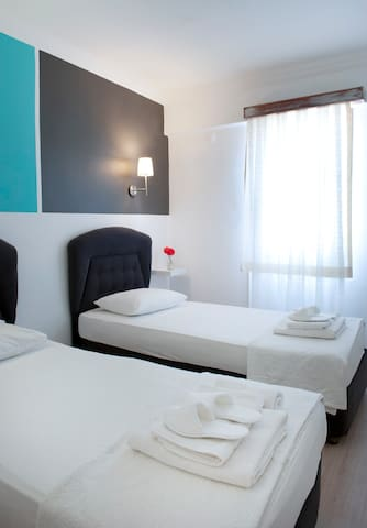 Pudra boutique hotel 2 single beds1 - Bodrum - Oda + Kahvaltı