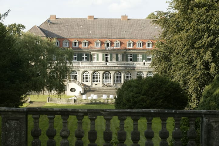 Jagdschloss Bellin - Krakow am See - House