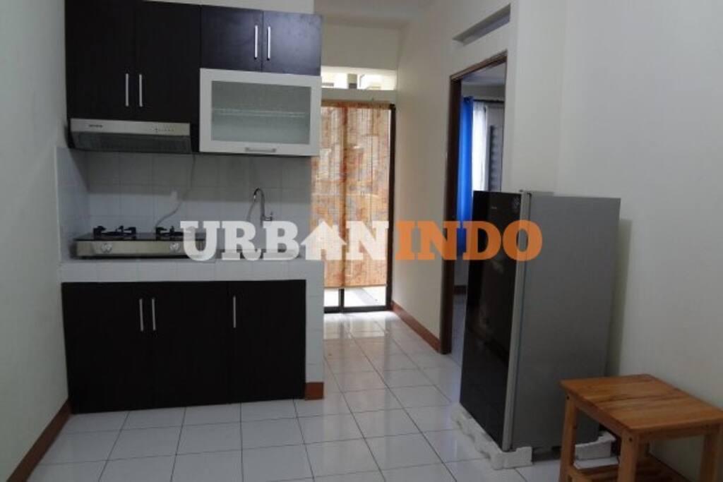 Kitchen+Living Room