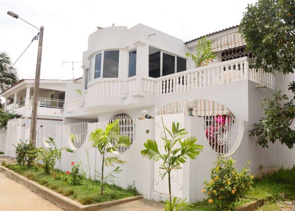 Villa 4 chambres maisons louer abidjan cocody riviera palmeraie lagunes c te d ivoire for Abidjan location maison