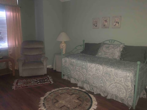 Spacious Room and Private Bath-new flooring