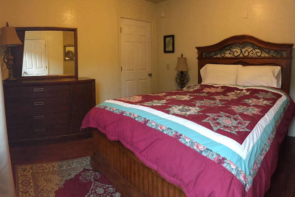 Upstairs bedroom with Queen bed. 100% cotton sheets on our beds!