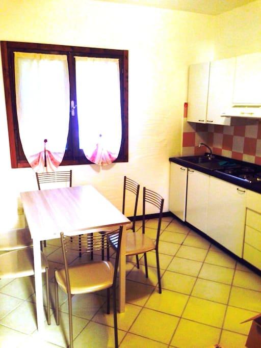 Sardegna appartamento a 200mt dal mare flats for rent for Dal pozzo arredamenti