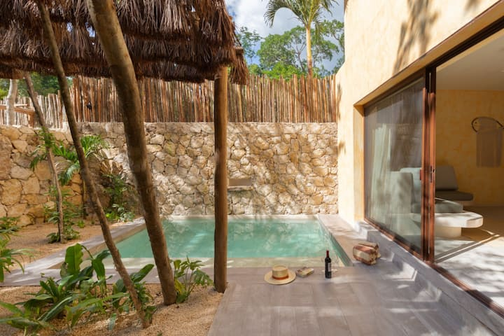 confortable villa | private pool & Jacuzzi |Taak 8