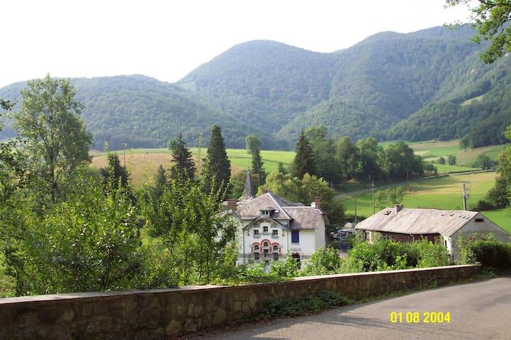 le petit château - Laborde - Villa