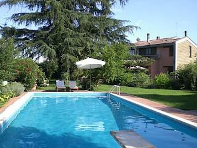 B&B Vigna Lidia con piscina