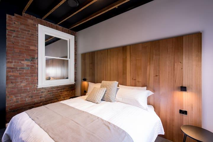 The Henry - 105 Macquarie, Unique Apartments