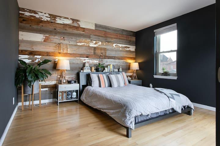 Beautiful Smart Home in Denver's Best Neighborhood