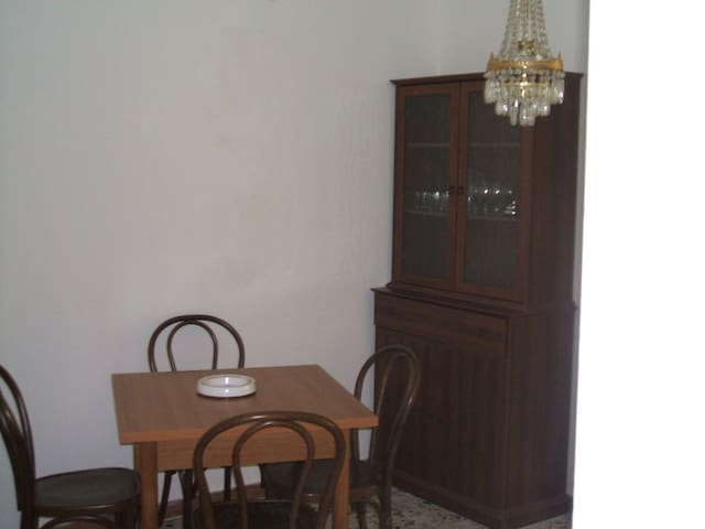 Appartamento le Querce - Villanova Monteleone - Lägenhet