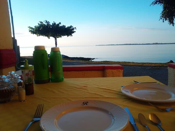 Sunrise P.Larga,sol playa y arenas blancas