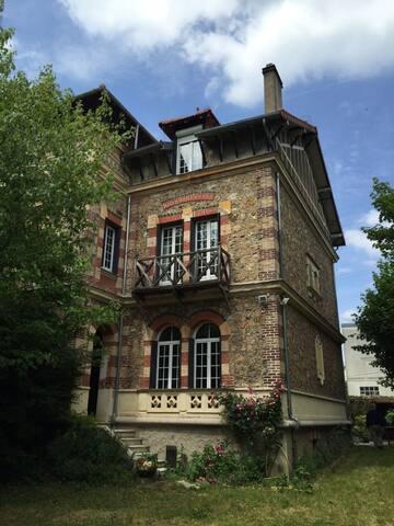 Superbe maison en bord de Seine