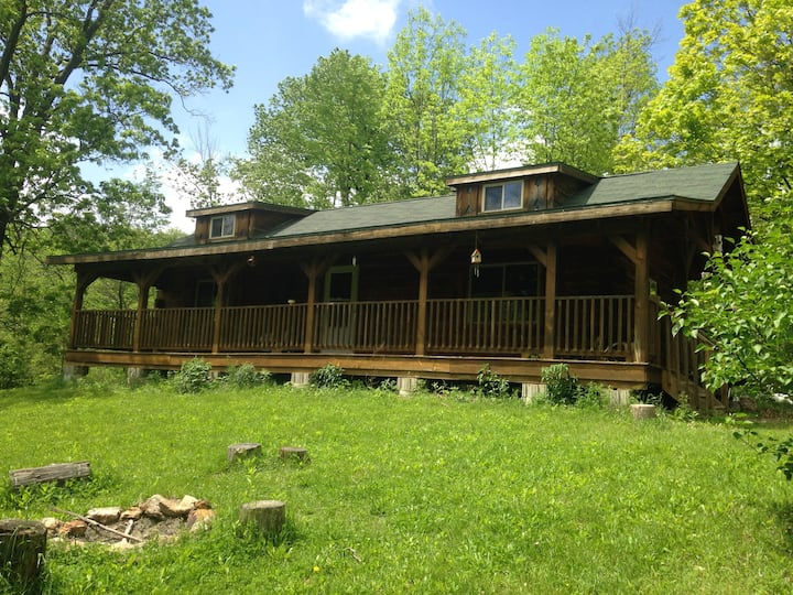 Amish cabin on beautiful 40 acres