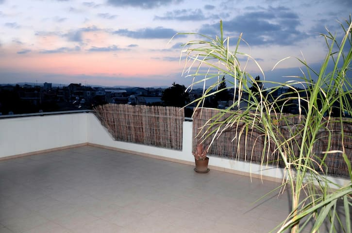 New bright penthouse in centre - Larnaka