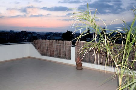 New bright penthouse in centre - Larnaca - Apartment