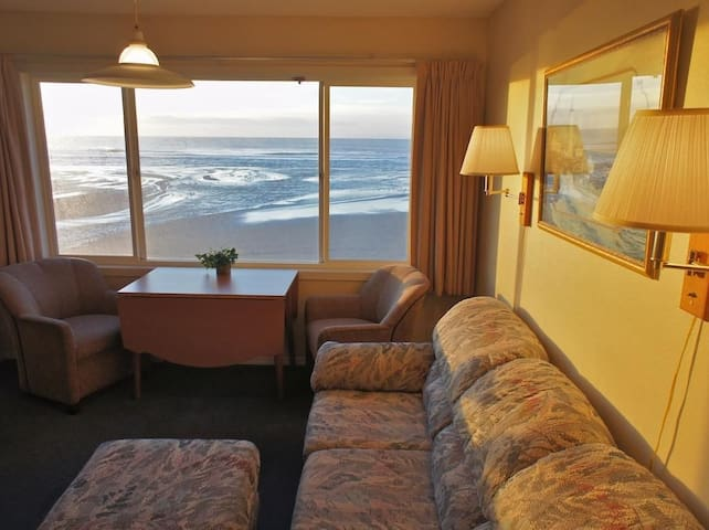 Ahoy Named Sue - Cozy Beach Condo! - Lincoln City - Apto. en complejo residencial