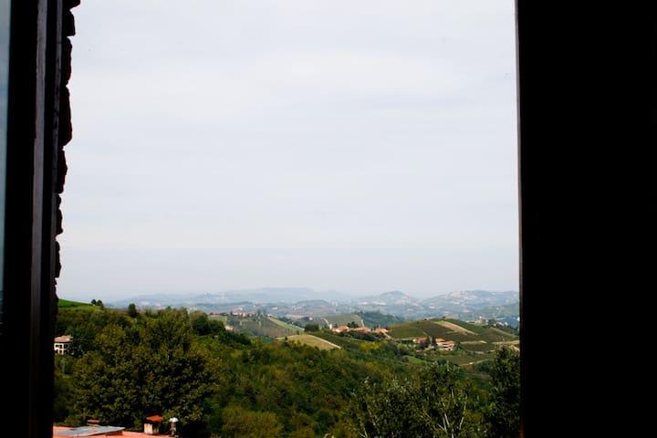 vista infinita all'orrizonte dal balcone