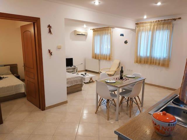 Central Moudros apartment #2