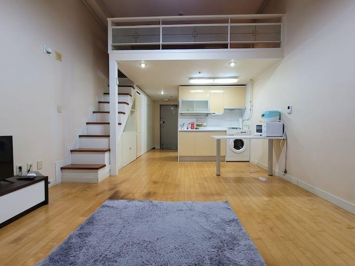 둔산동 시청 타임월드 부근 1층편의점 건조기 인프라최상 숙소