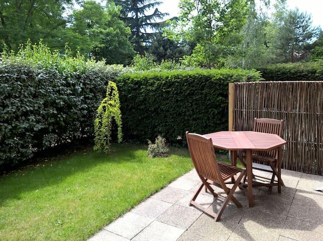 2 pièces + jardin à 20 mn de Paris - Verneuil-sur-Seine - Appartement en résidence