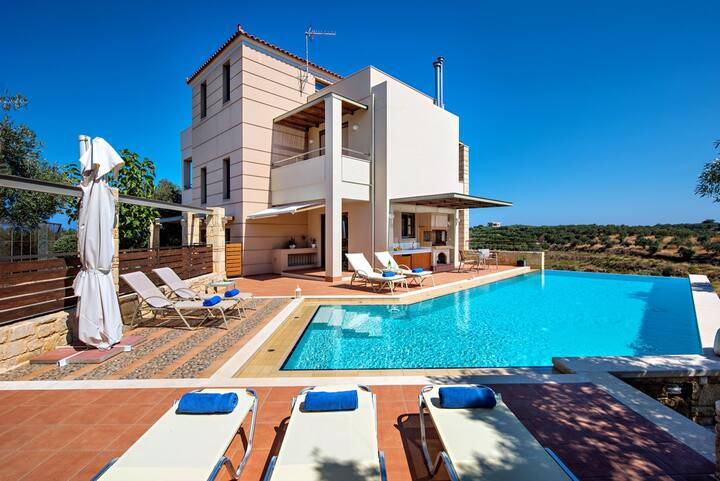Stalos 5 Bedroom Villa Private Pool