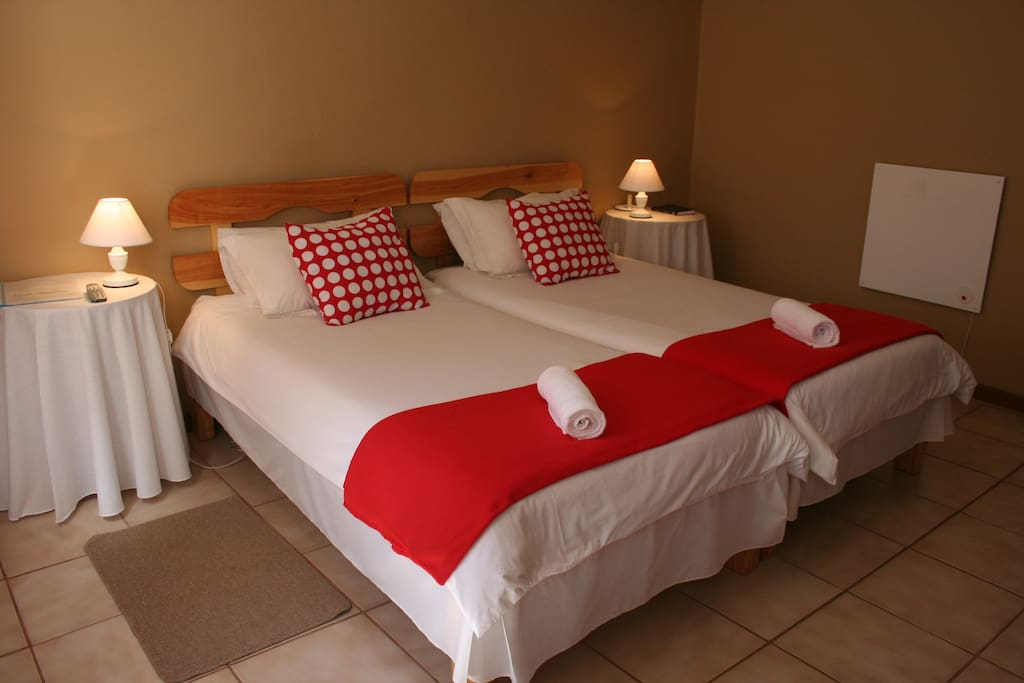 en-suite double room with air con