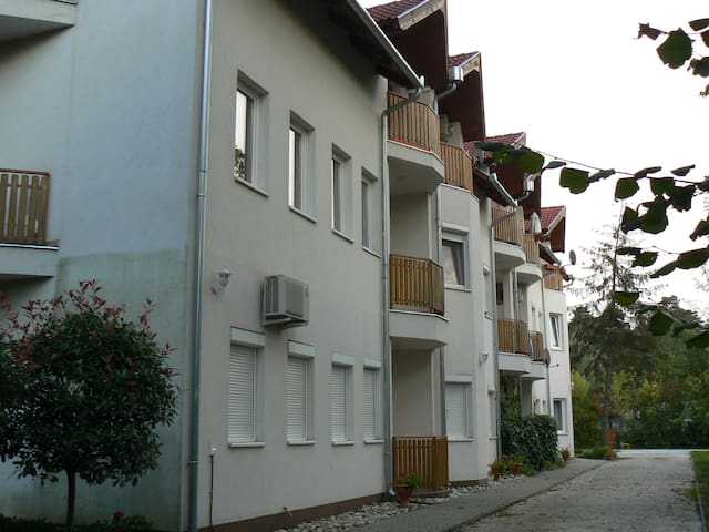 Otthonos apartman a vízpart közelbe - Balatonszemes - Apartamento