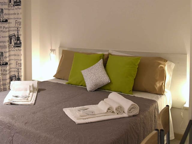 Camera Antartide - San Donnino - Bed & Breakfast