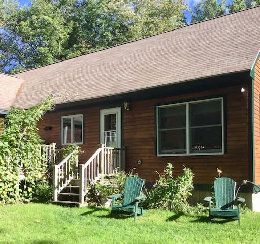 Lovely sunny apartment near GRB and K'port - Kennebunkport - Lejlighed