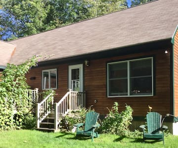 Lovely sunny apartment near GRB and K'port - Kennebunkport