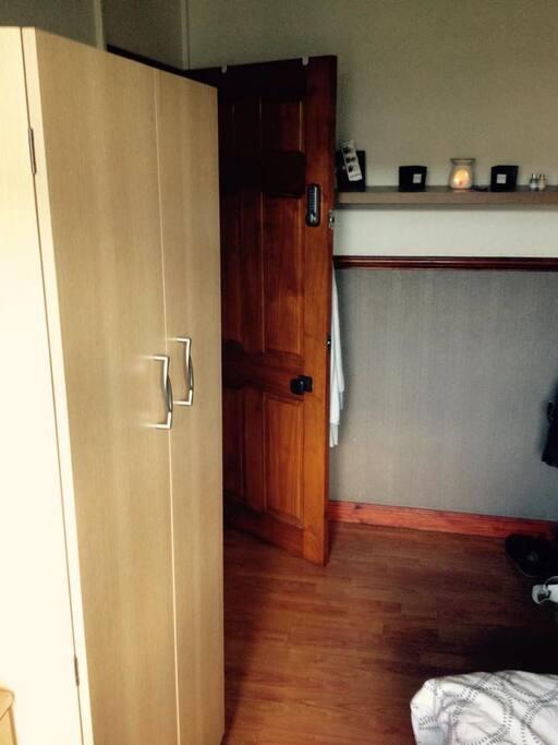 closet no 2