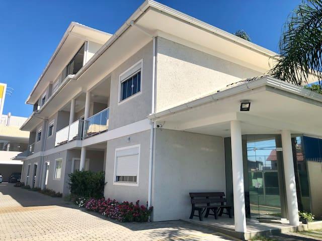 Apartamentos en Complejo Moderno - Via Cachoeira