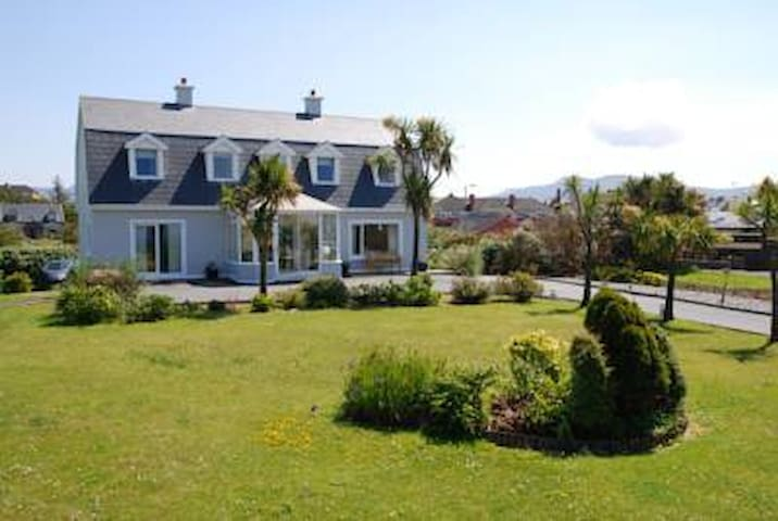 Klondyke House Bed and Breakfast - Waterville