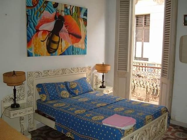 Casa Colonial Margot. Room 1 - Havana - Huis