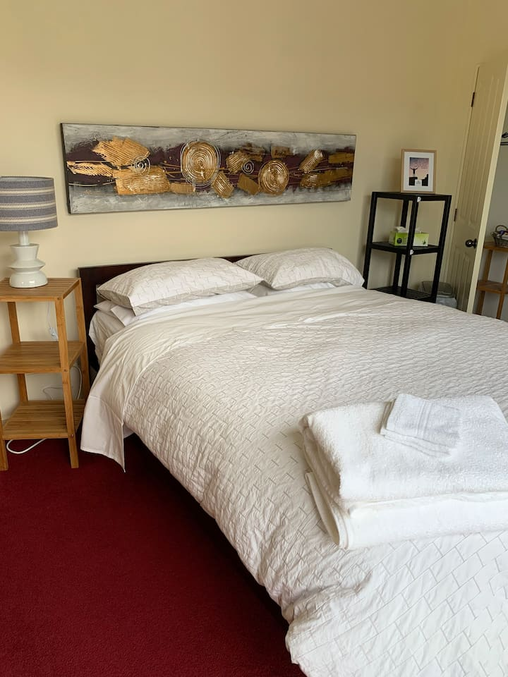 cosy room close to the centre of town