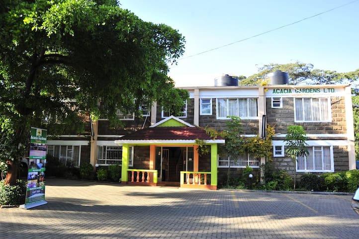 Acacia Gardens Homestay - Nairobi - Pension