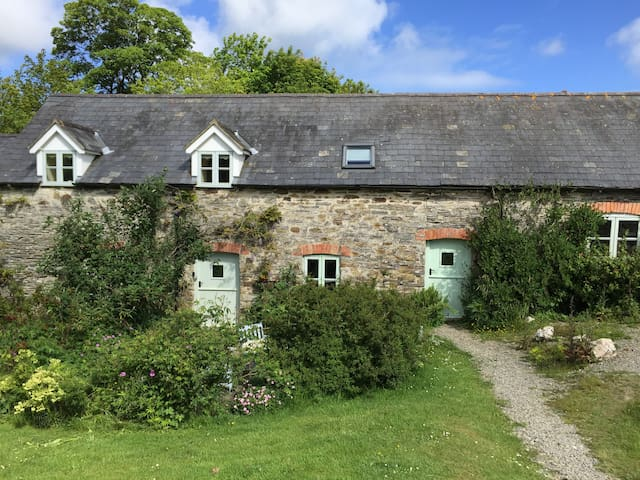 Stables Cottage - Near Aberporth - Blaenannerch - บ้าน