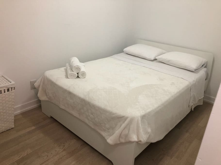 Spacious Private second bedroom with Full size bed for two