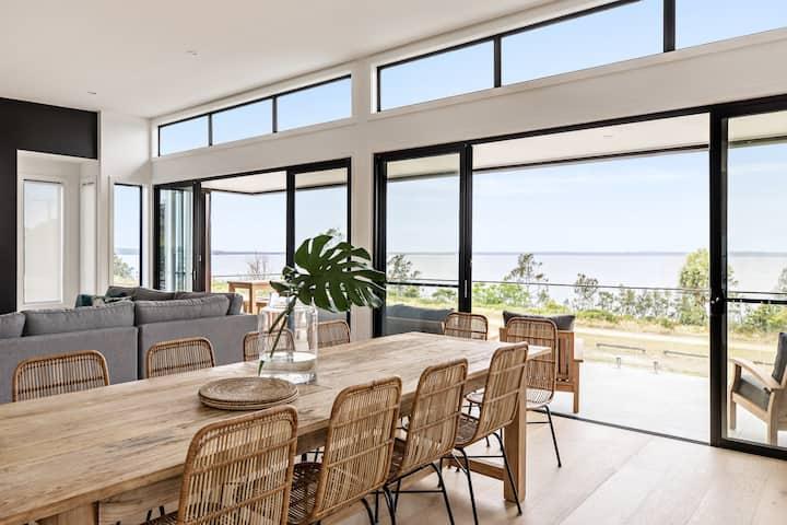Mandala Beach House, Jervis Bay. Ocean Views/Pool