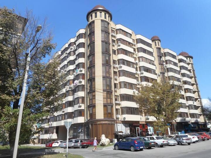Квартира в доме с башней