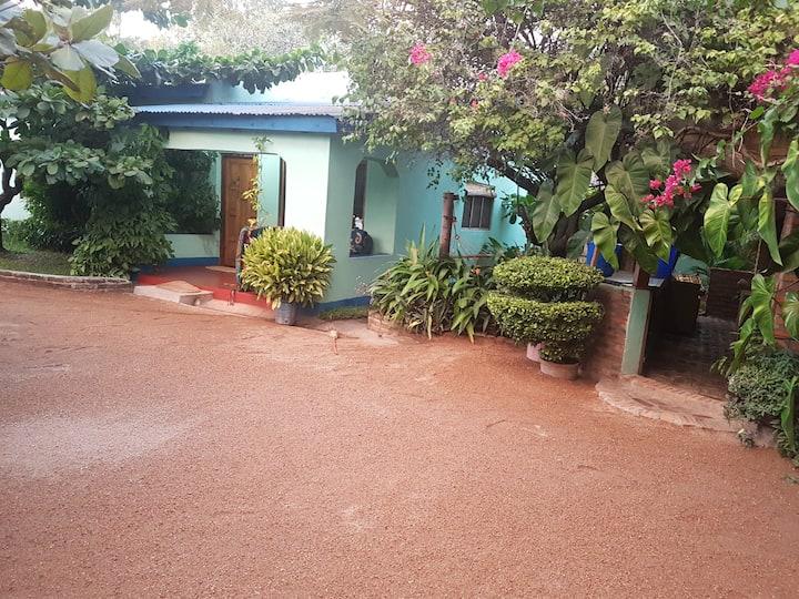 Joe's Annex Cottage
