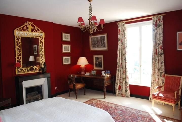 La Couronne - Chambre SAINT HUBERT - Saint-Pierre-Aigle