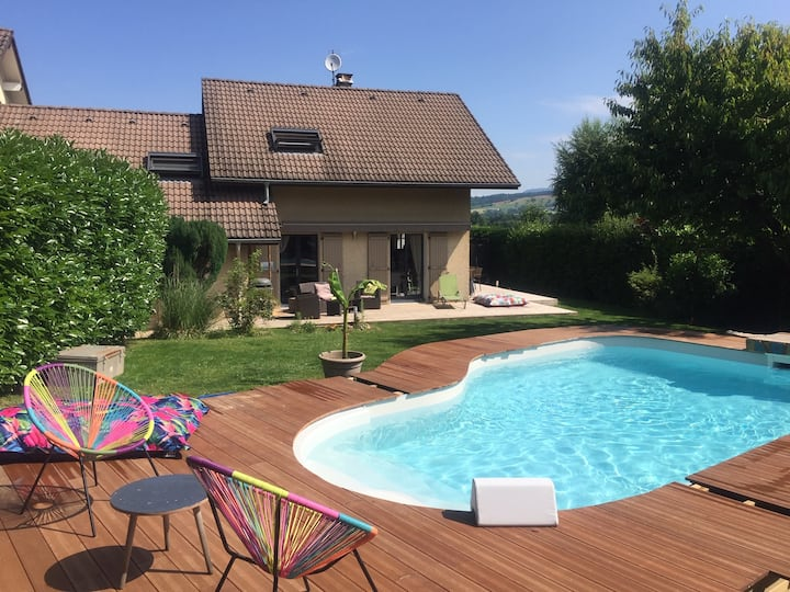 Charmante maison piscine chauffée près d'Annecy