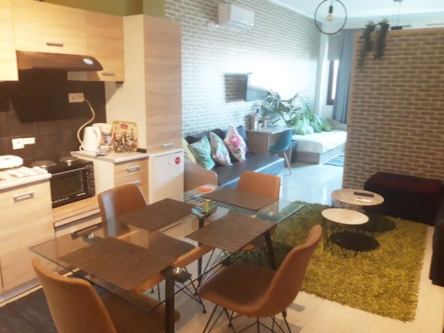 Aristotelous loft studio 60sqm