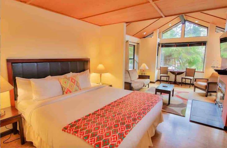 Mendocino Inn & Spa King Suites