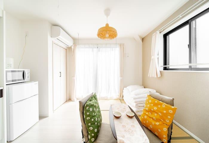 Room 203# Independent tatami room near metro sta.